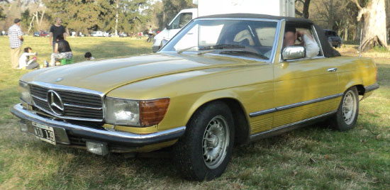 Car Mercedes Benz 280 SL Pagoda