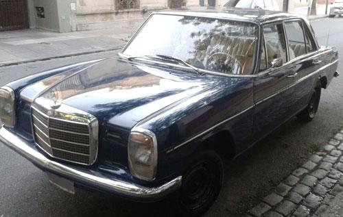 Car Mercedes Benz 220 1972