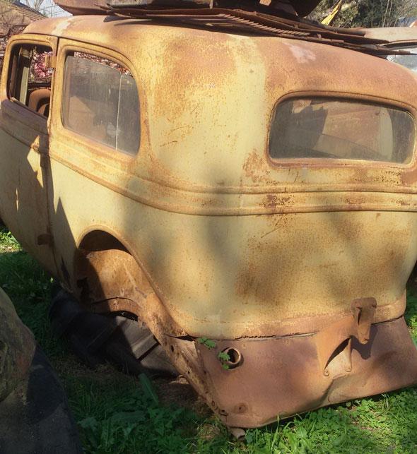 Auto Ford Tudor