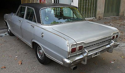 Car Chevrolet 400 Super