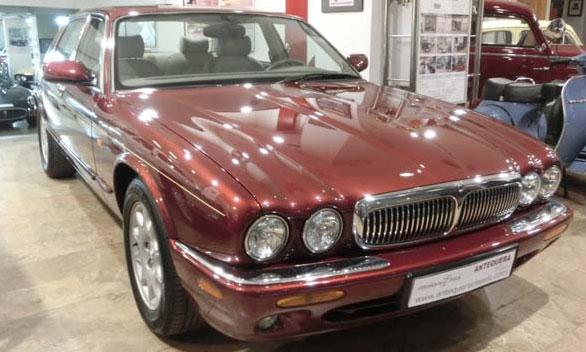 Car Jaguar XJ 4.0 V8 Sovereign X300