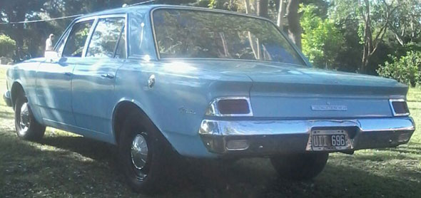 Car IKA Rambler Classic