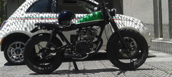 Moto Suzuki GN 125