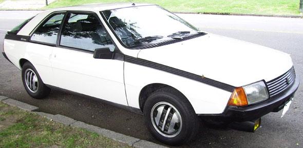 Auto Renault Coupé Fuego GTX 1983