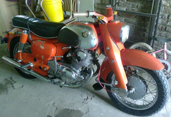 Moto Honda Drean 250