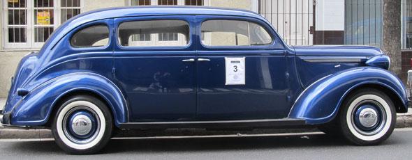 Auto Plymouth Limousine De Luxe 1938
