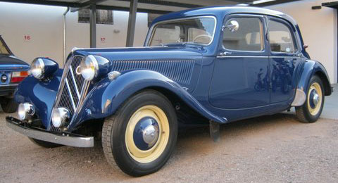 Car Citroen 11 Traction Avant