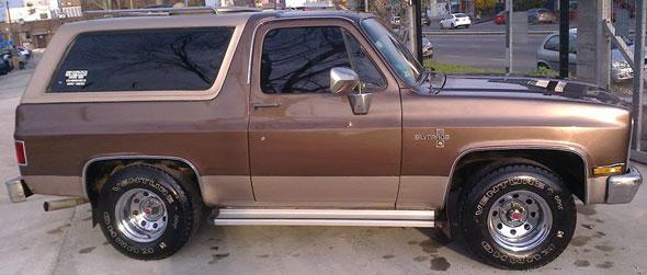 Car Chevrolet Silverado