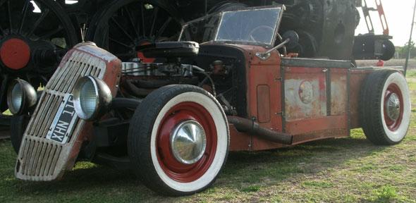 Car Chevrolet 1900