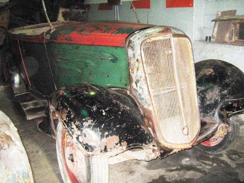 Car Chevrolet 1935 Convertible