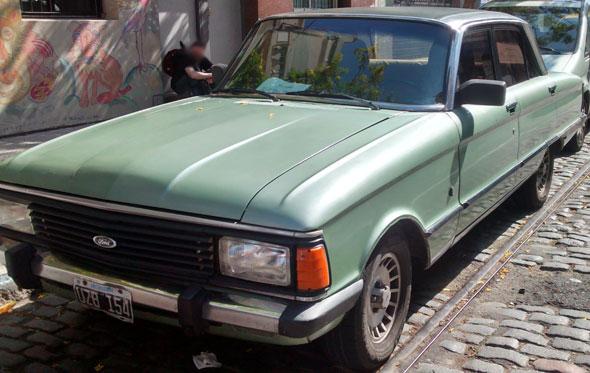 Car Ford Falcon Ghia 1984