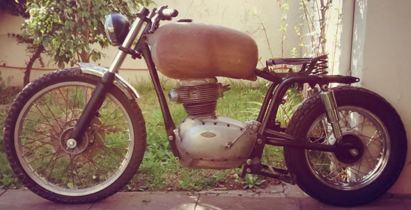 Motorcycle Gilera B 300