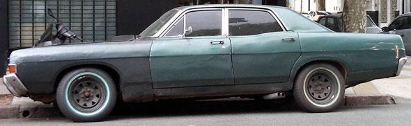 Car Ford Fairlane 500 1977