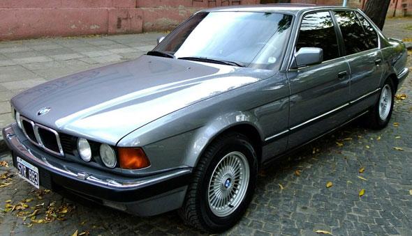 Car BMW 750i  V12  1992
