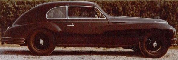 Car Alfa Romeo 6C 2500