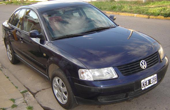 Car Volkswagen Passat