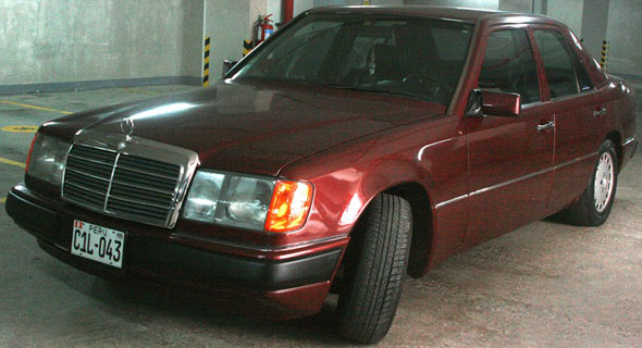Car Mercedes Benz 1992