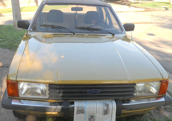 Car Ford Taunus Ghia 1982