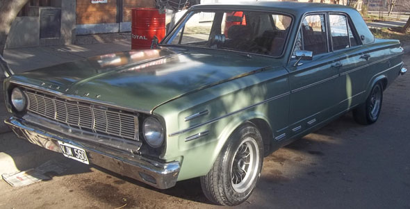 Car Valiant 4 1969