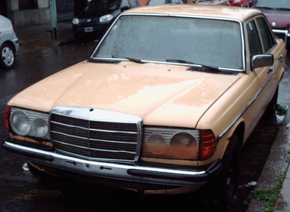 Car Mercedes Benz 230E 1982