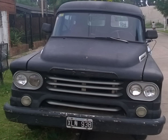 Car Dodge 100