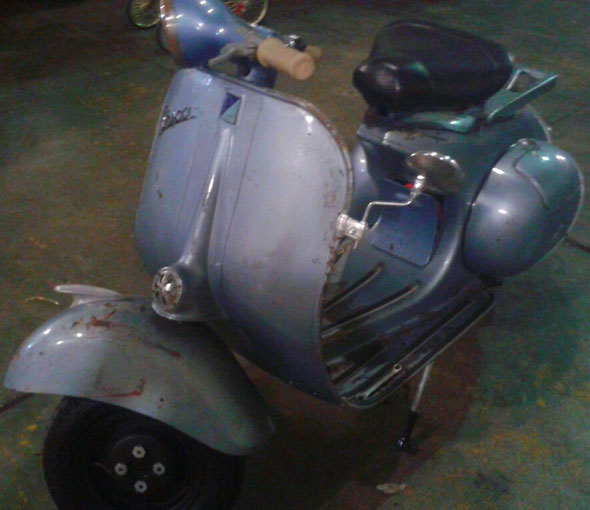 Moto Vespa VB1 1957