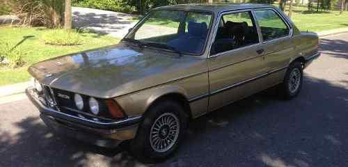 Auto BMW 323i 1980