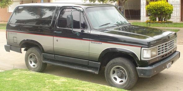 Car Chevrolet Veraneio