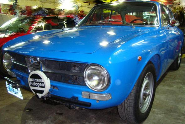 Car Alfa Romeo Bertone