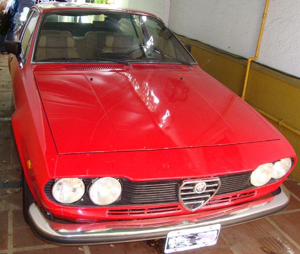 Car Alfa Romeo GT