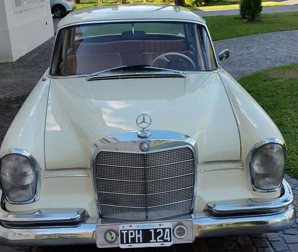 Auto Mercedes Benz 230 S 1966