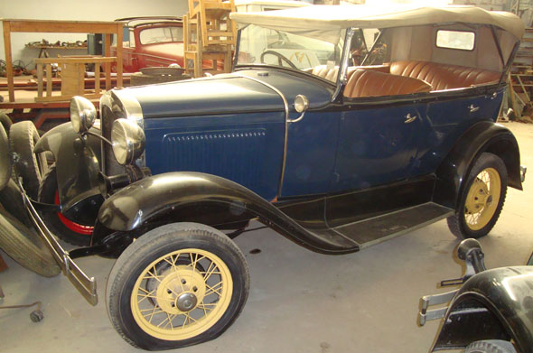 Car Ford A Phaeton
