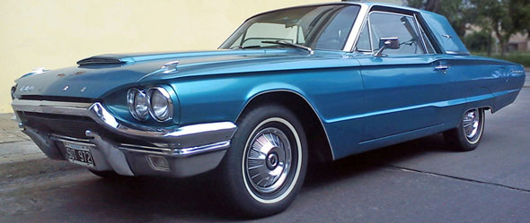 Car Ford Thunderbird