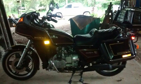 Motorcycle Honda Goldwing GL11000