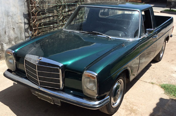 Car Mercedes Benz 220D