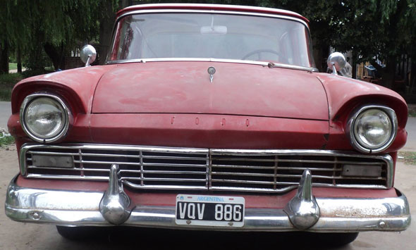 Car Ford Fairlane 1957