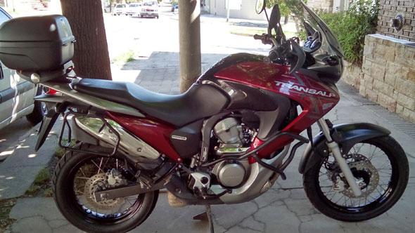 Car Honda Transalp 700