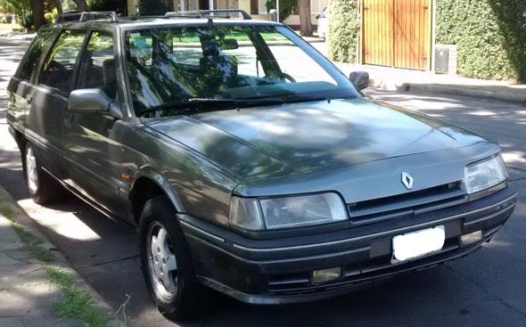 Car Renault 21 Nevada RT