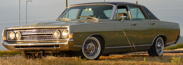Car Ford Fairlane 1973