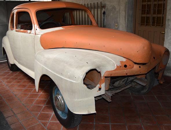 Car Mercury Coupé 1942