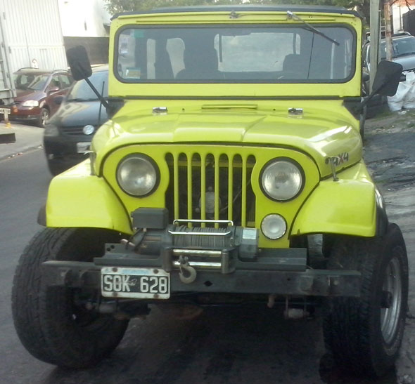 Car IKA Jeep