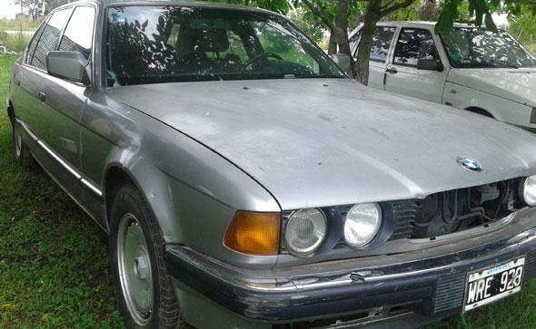 Car BMW 750 IL