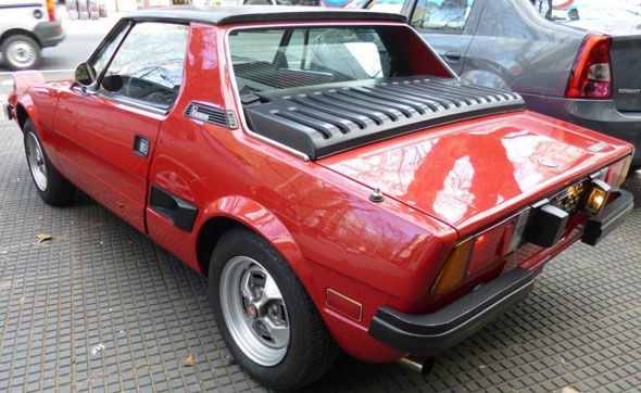 Auto Fiat X 1/9 Bertone