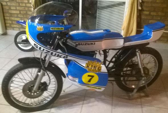 Motorcycle Suzuki GP 125