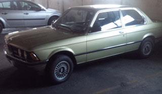 Car BMW 320