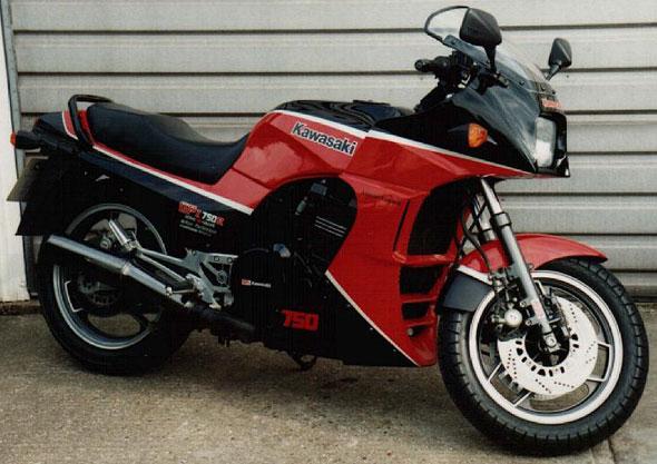 Car Kawasaki GPZ 750 R