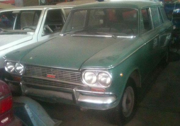 Car Fiat 1500 Familiar