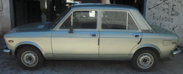 Car Fiat 128 CL