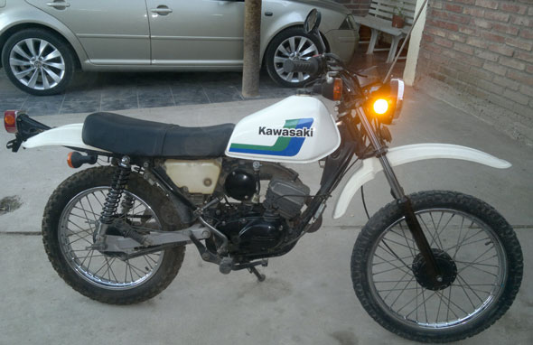 Auto Kawasaki KE100