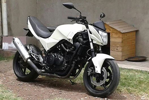 Motorcycle Honda VF 1000 R